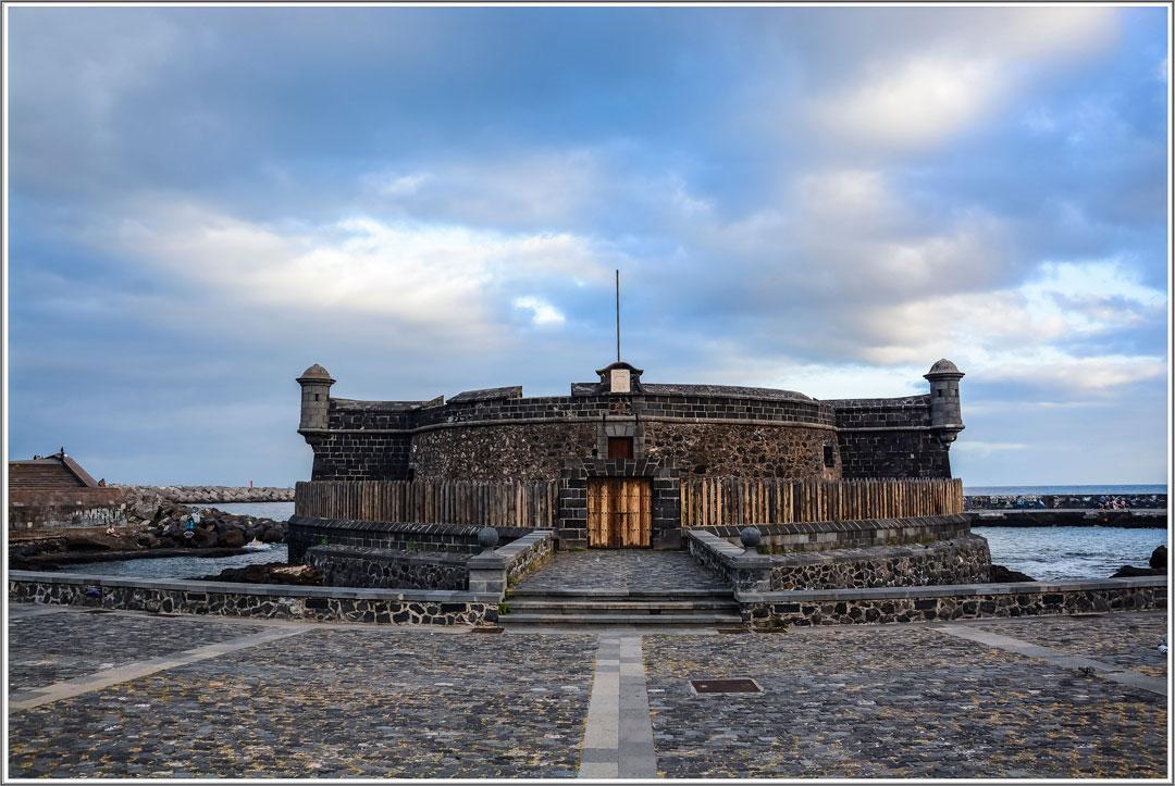 20150313-building-palace-monument-landmark-temple-ruins-132270-pxhere.com